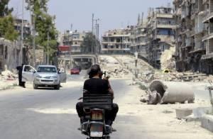 """เพนตากอนเซ็ง! กบฏซีเรียที่รับการฝึกจากสหรัฐฯ เสียท่าถูก """"อัลกออิดะห์"""" จับกุม"""
