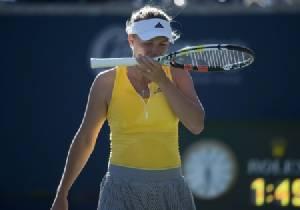 """""""วอซซี"""" สวด WTA โดนบีบให้ลงแข่งทั้งที่เจ็บ"""