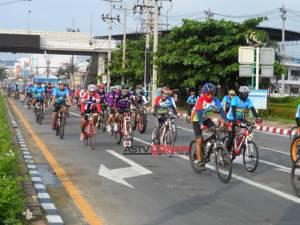 คนไทยปั่นจักรยานเพิ่มขึ้น 100% แนะรัฐเพิ่มเส้นทาง ออก กม.คุมความเร็วบนถนน