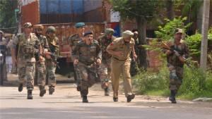 ทหารอินเดีย - ปากีฯยิงปะทะเดือดชายแดนพิพาทแคชเมียร์ ดับอย่างน้อย 8 ศพ