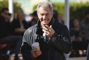 Police probe Mel Gibson's 'angry tirade' at Australian photographer