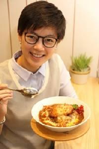 """""""ธณัทร์ษริน สุสมาวัตนะกุล"""" ชวนก๊วนเพื่อนชิมอาหารในงาน THE MALL EAT & SHARE"""