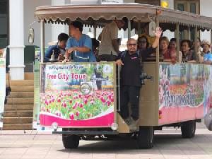 """""""ทน.เชียงราย"""" เปิด Green Tour Tram พา นทท.ท่องเส้นทางสีเขียว-วิถีคนเมืองพ่อขุนฯ"""