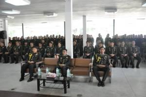 โรงเรียนนายสิบทหารบกจัดพิธีประดับเครื่องหมายดอกจัน
