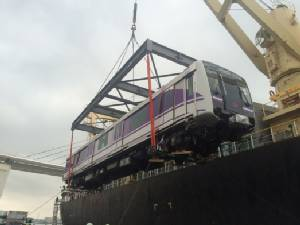 เริ่มจัดส่งรถไฟฟ้าสีม่วงลงเรือแล้ว 2 ขบวน 6 ตู้