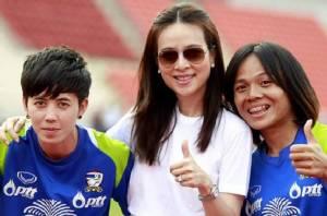 น้อยใจนะ! แข้งสาวขอเตะแมตซ์นานาชาติในไทยบ้าง