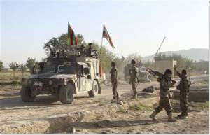 """""""ติดอาวุธตอลิบาน"""" ปล้นคุกอัฟกานิสถาน ช่วยนักโทษร่วมหลายร้อยคนหนีสำเร็จ"""