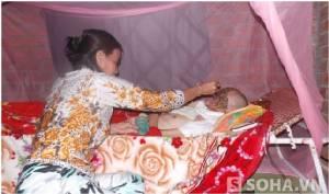 """สังคมตื่นตะลึง """"ซอมบี้"""" เวียดนาม โรคประหลาดกัดกิน 11 ปี หน้าหายนัยน์ตาโบ๋"""