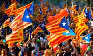 """ธนาคารกลางสเปนเตือน """"คาตาโลเนีย"""" จะหลุดจากยูโรโซน-เสี่ยงเผชิญหายนะทางการคลัง หากแยกตัวเป็นเอกราช"""