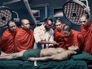 ANATOMY 101 ภาพถ่ายโดย  2 ช่างภาพแฟชั่น  รณรงค์บริจาคอวัยวะ ให้  ร.พ.จุฬา