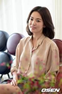 """แรงส์! รายการทีวีเกาหลีบอก """"จางอีว์ฉี"""" ศัลยกรรมก็อบบี้หน้า """"ซองฮเยเคียว"""""""