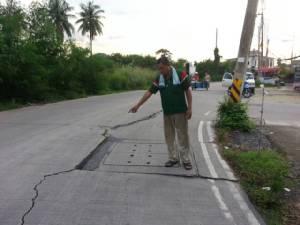 ชาวศรีราชาร้องสื่อถนนสายวังหิน-วัดห้วยยายพรหมพังทำเกิดอุบัติเหตุ วอนเร่งแก้ไข