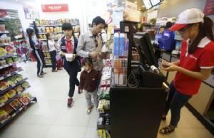 """""""มินิมาร์ท"""" ผุดเป็นดอกเห็ดชาวเวียดนามเปลี่ยนเทรนด์ซื้อของร้านสะดวกมากขึ้น"""