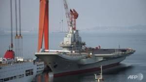 """คณะผู้แทนทัพเรือสหรัฐฯ เยือน """"เรือบรรทุกเครื่องบินจีน"""" ขณะตึงเครียดเรื่องทะเลจีนใต้"""