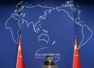นักวิเคราะห์มองพญามังกรใช้สันตินำหน้ากำลัง ตอบโต้การท้าทายจากสหรัฐฯ ในทะเลจีนใต้