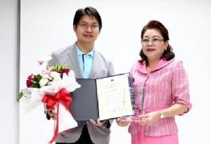 นักวิจัยไทยคว้ารางวัลพันธุศาสตร์ หลังพบยีนเสี่ยงติดเชื้อวัณโรค