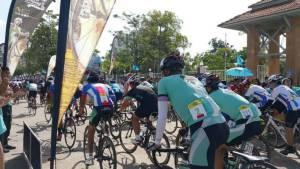 ปิดแข่งขันจักรยานทางไกลประเทศไทยสเตจสุดท้ายที่จังหวัดมุกดาหาร