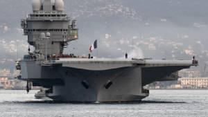 """ฝรั่งเศสประกาศส่งเรือบรรทุกเครื่องบิน """"ชาร์ลส์ เดอ โกลล์"""" เข้าเมดิเตอร์เรเนียนหนุนภารกิจโจมตี IS ในซีเรีย"""