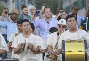 ผู้นำรุ่นใหม่ทั่วโลกร่วมพิธีเปิด One Young World Summit 2015