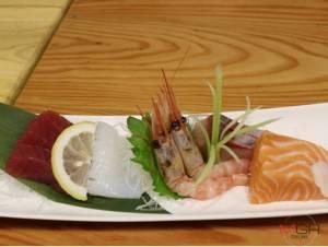 """ลิ้มลองอาหารญี่ปุ่นรสชาติดั้งเดิมสไตล์โอซากา ต้องแวะมาที่ """"อุโอเทรุ ซุยซัน"""""""