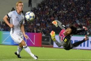Football: I won't run away from Milan, insists Japan's Honda