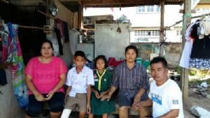วอนผู้ใหญ่ใจดีช่วยเหลือครอบครัวคนเก็บขยะ 4 ชีวิต ต้องทนต่อสภาพความอยากจน