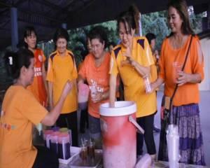 กันไว้ดีกว่า ชาวบ้านคานรูด ออกกำลังกาย ดื่มสมุนไพรต้านไข้เลือดออก
