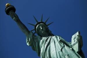 """สุดอึ้ง! นักวิจัยชี้ """"เทพีเสรีภาพ"""" ได้แรงบันดาลใจมาจากรูปปั้น """"หญิงอาหรับ"""""""