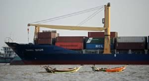 สหรัฐฯ คลายข้อจำกัดการค้าผ่านท่าเรือ-สนามบินพม่านาน 6 เดือน