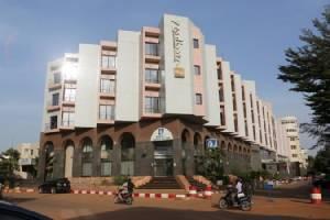 โรงแรมหรูเหยื่อโจมตีนักรบญิฮัดในเมืองหลวงมาลี กลับมาเปิดบริการรอบใหม่