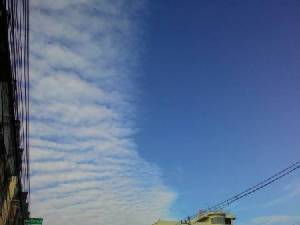 อย่างสวย! เมฆครึ่งฟ้าโผล่ซ้ำที่ลำปางนานนับชั่วโมง
