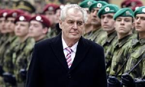ผู้นำเช็กเอือมคนอพยพเข้ายุโรป ชี้ผู้ลี้ภัยควรจับอาวุธปักหลักสู้ไอเอส