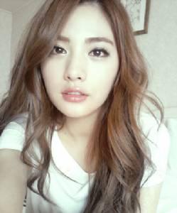 """""""นานะ After School"""" ขึ้นแท่นสาวหน้าสวยที่สุดในโลก 2 ปีซ้อนด้านสาวไทยติดอันดับด้วย 2 คน"""