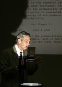 John Nash นักคณิตศาสตร์โนเบลเศรษฐศาสตร์ผู้ป่วยด้วยโรคจิตเภท