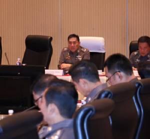 ผบ.ตร.ประชุมหน่วยงานที่เกี่ยวข้องเร่งแก้ปัญหาแท็กซี่ หวั่นกระทบภาพลักษณ์ของไทย