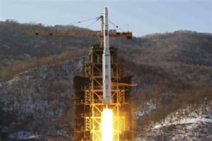 """เกาหลีเหนือ """"ปล่อยจรวด"""" ขึ้นสู่อวกาศตามแผนแล้ว"""