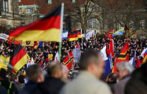 'กลุ่มต่อต้านอิสลาม' ชุมนุมทั่วยุโรป ปะทะตำรวจ-พวกหนุนผู้อพยพที่อัมสเตอร์ดัม