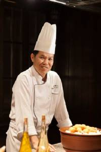 """เชฟคนใหม่ของ """"แมนโฮ"""" เปิดครัวเผยเมนูเด็ดต้อนรับตรุษจีน"""