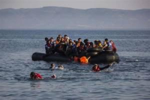 "EU เตือนอิตาลี-กรีซ ยัง ""ไร้ความพร้อม"" รับมือคลื่นผู้อพยพระลอกใหม่"
