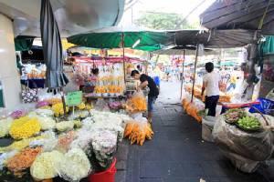 """ปิดตำนานตลาดดอกไม้ """"ปากคลองตลาด"""" สวยสะพรั่งในความทรงจำ"""