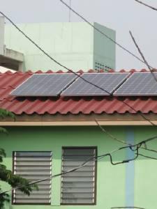 เริ่มซื้อไฟฟ้าโซลาร์เซลล์จากชาวบ้าน นักวิชาการปิ๊งไอเดียหนุนชุมชนบ้านมั่นคงผลิตขาย กฟน.