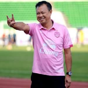 """""""เนวิน"""" ลั่นทวงศักดิ์ศรีบอลไทยในเวทีเอเชีย"""