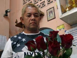 กุหลาบเฉารับวาเลนไทน์! เจ้าของร้านดอกไม้ในสงขลารับลูกค้าหายกว่าครึ่งจากปีก่อน
