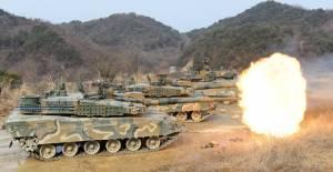 """เกาหลีใต้ระบุโสมแดงจะ """"โจมตีใหญ่"""" ขณะโซลก็จับมือมะกัน """"ซ้อมรบ"""" สุดบิ๊ก"""