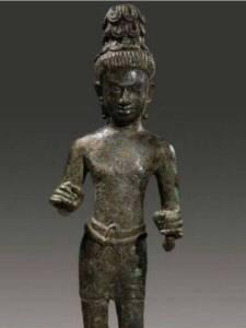 """ชาวบุรีรัมย์จี้รัฐเร่งพิสูจน์-ทวงคืน """"เทวรูปอวโลกิเตศวร"""" อายุพันปี ฝรั่งนำไปประมูลขาย"""