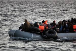 """""""แมร์เคิล"""" เตือนกรีซกำลังป่วนหนักจากวิกฤตผู้อพยพ หลังหลายชาติยุโรปปิดพรมแดนเอาตัวรอดโดยลำพัง"""