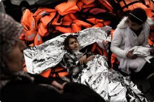 """In Pics : สหภาพยุโรปเตือน """"พวกหนีภัยเศรษฐกิจ"""" อย่าเข้ายุโรป หลังเข้าหารือวิกฤตผู้อพยพกับกรีซ"""