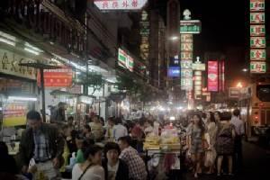 Thai cops seize huge fake sunglasses haul, arrest 2 Chinese