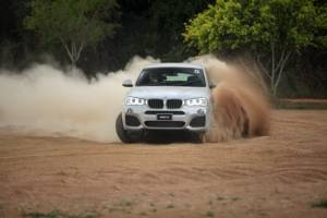 สัมผัส xDrive ระบบขับเคลื่อนอัจฉริยะจาก BMW