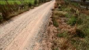 """จี้รัฐซ่อมแซมถนนสาย """"บ้านกรด-บ้านโพธิ์"""" กรุงเก่าพังยาวกว่า 20 กม."""